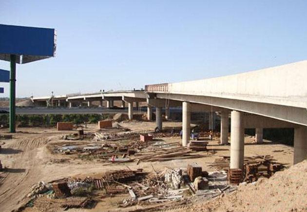 京港澳高速改扩建工程京石段完成95 年底完成通车